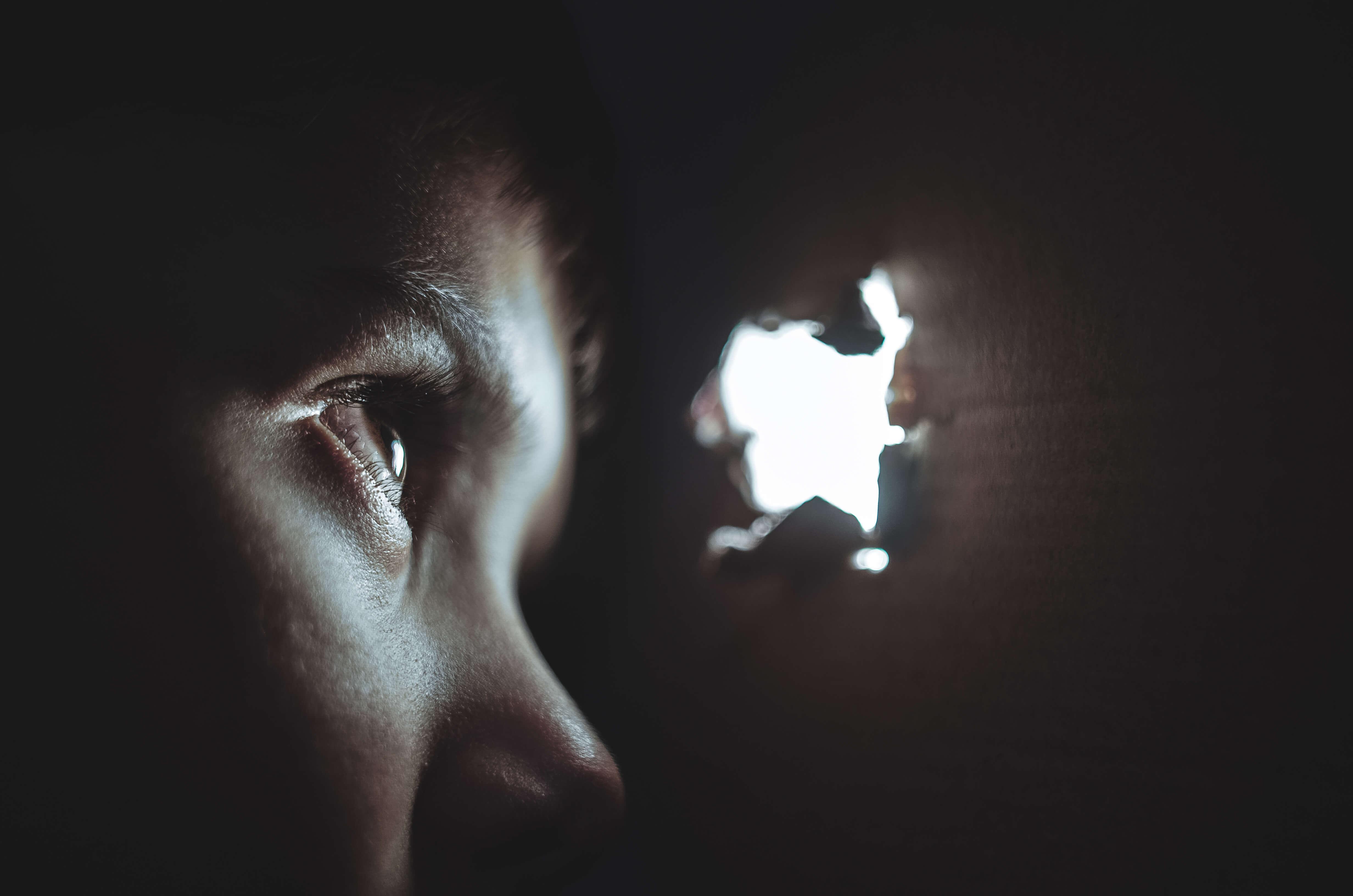 É convivendo que os olhos se abrem (Jo 9,1-41) [Mesters, Lopes e Orofino]
