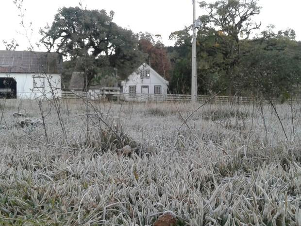 Ementa: a glamourização exacerbada em relação ao inverno