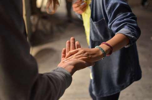 Oração inter-religiosa: A mão que conduz