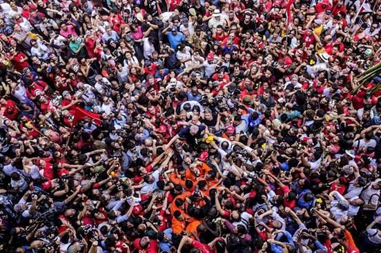 Interditar Lula é consumação do fascismo