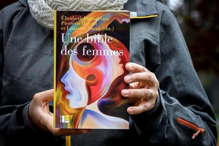 Teólogas feministas protestantes e católicas lançam a 'Bíblia das Mulheres'