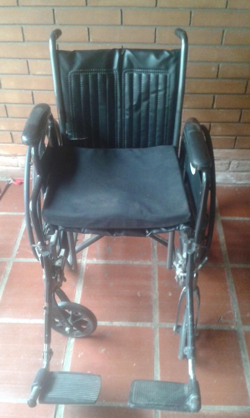 REPARACION DE SILLONES Y SILLAS PARA LA OFICINA Y DE HOSPITAL