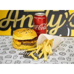 COMBO - San Diego + Fritas ou Onion Rings + Refrigerante lata ou Suco Lata Andys Fine Burgers