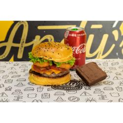 Andys Fine Burgers web app COMBO Mustang + Refrigerante Lata + Brownie de Chocolate :)