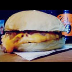 Cheddar bacon tradicional Burgolândia Burgers