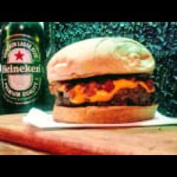 Cheddar bacon + fritas + guarana 200ml Burgolândia Burgers