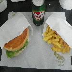 DC LANCHE FELIZ (COMBO) DC Lanches e Porções
