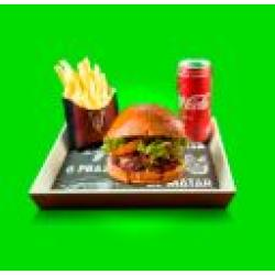 Combo Dom Salada + Bebida + Batata Frita Dom Bacon