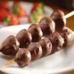 Espeto doce morango com chocolate Espetinhos.com