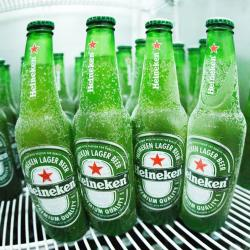 Estupidas Cervejas Delivery web app Heineken Long Neck 330 ml (6 Garrafas)