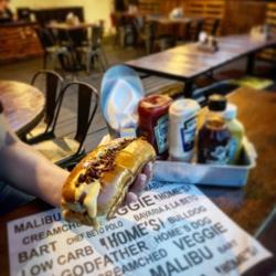 COMBO BULLDOG Homes Burger