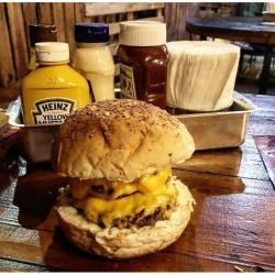 COMBO PARMABURGER Homes Burger
