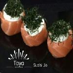 Sushi Jo Salmão Creme Cheese e Crisp Couve ( Gukan ). Toyo Cozinha Oriental