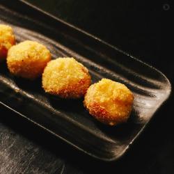 bolinho de kani queijo 4pç Oriental Delivery