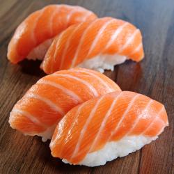 Niguiri Salmão C7 Sushi