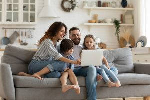familia com interne vivo fibra
