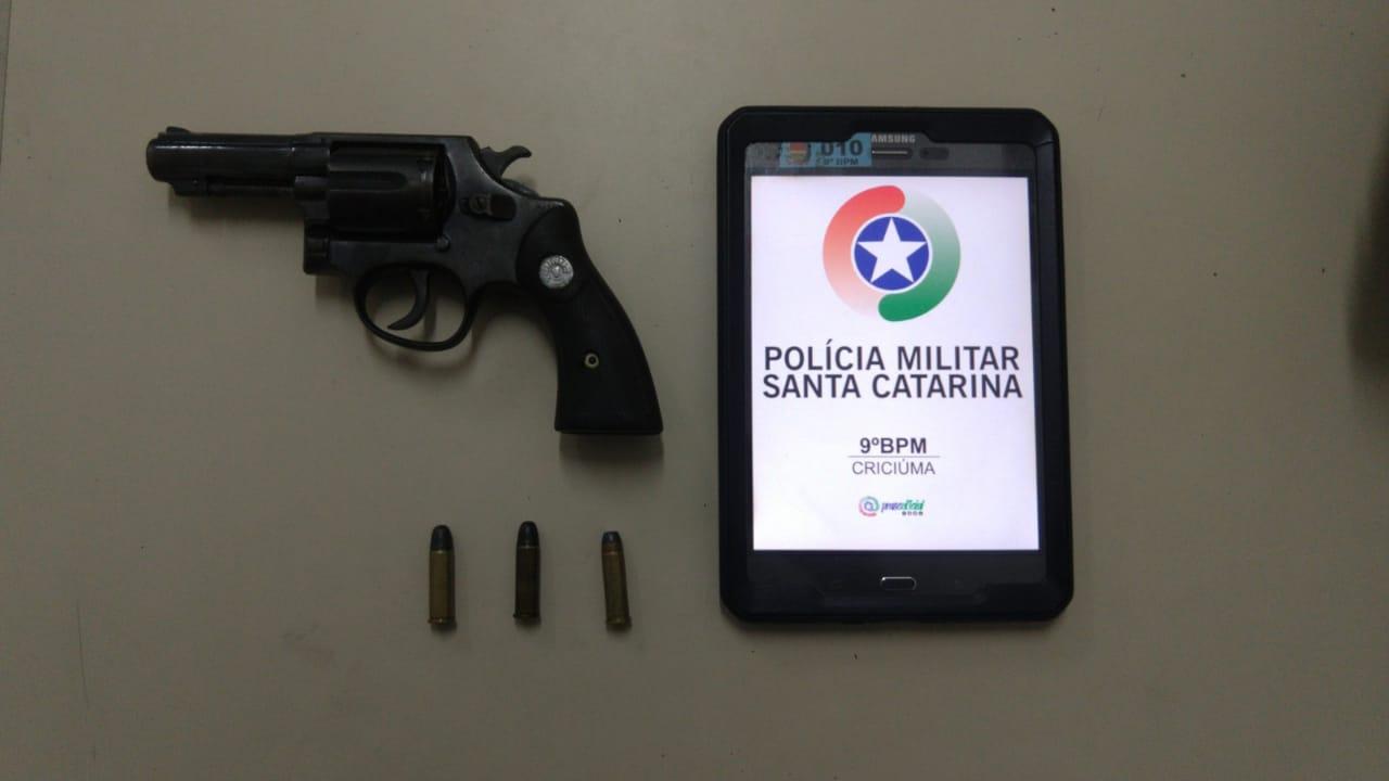 PM apreende arma de fogo usada em ameaça contra mulher