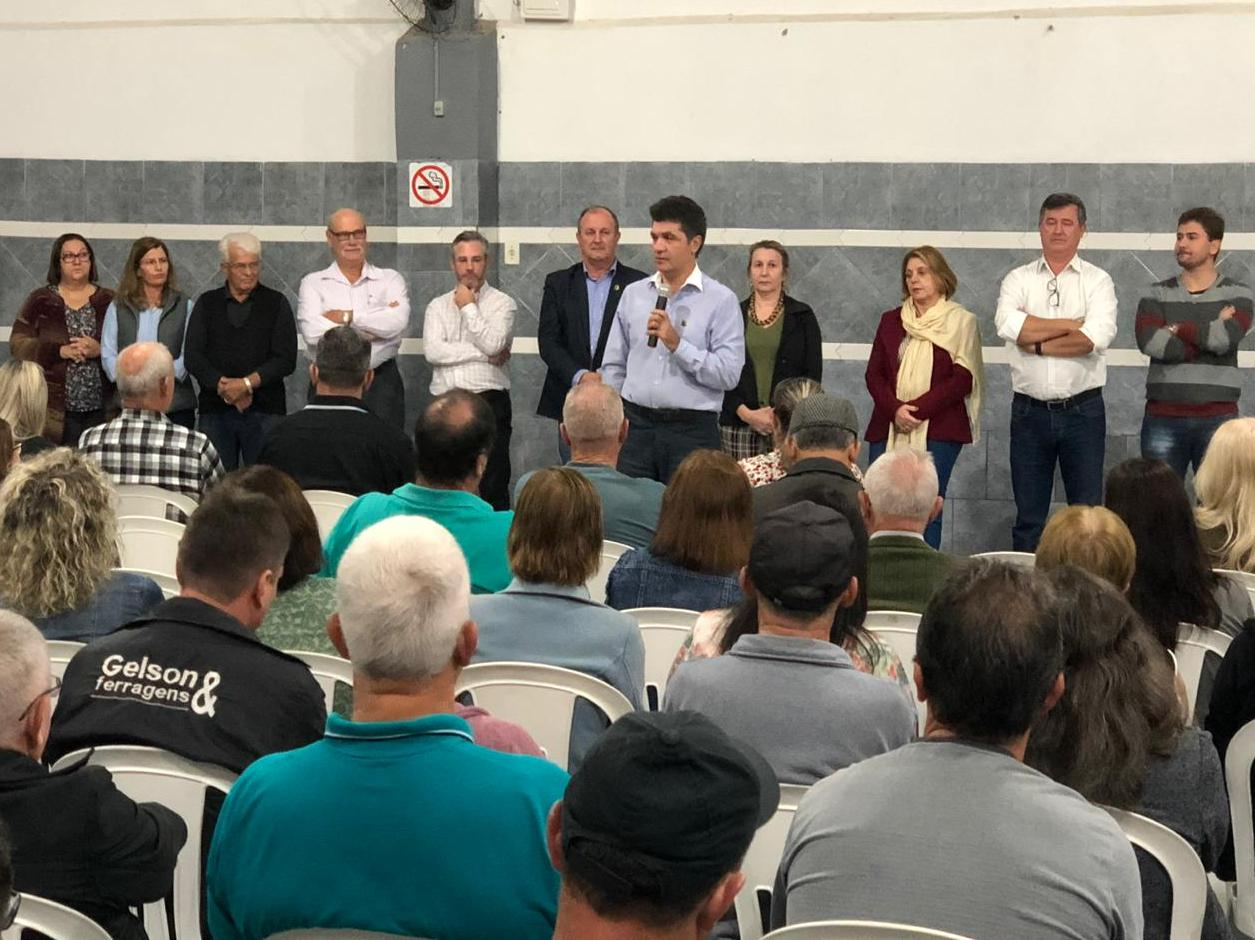 Salvaro anuncia investimentos de mais de R$ 4,6 milhões para pavimentar ruas dos bairros Pedro Zanivan e Morro Estevão