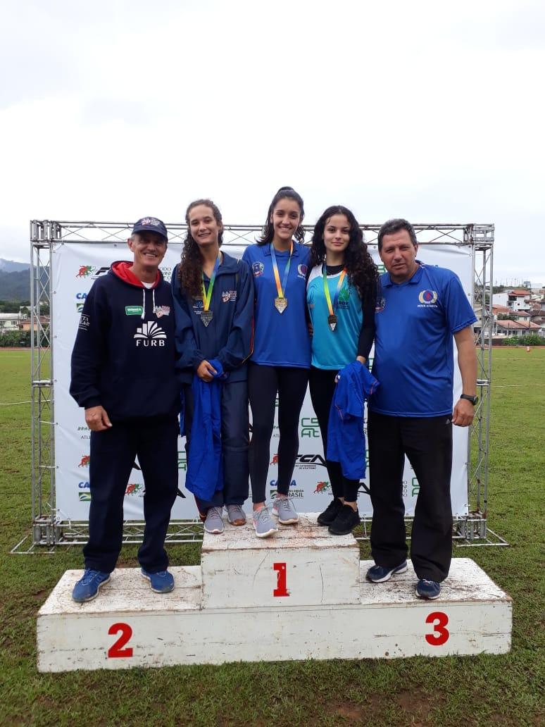 Atletas de Nova Veneza conquistam quatro medalhas de ouro no Campeonato Catarinense de Atletismo sub-20