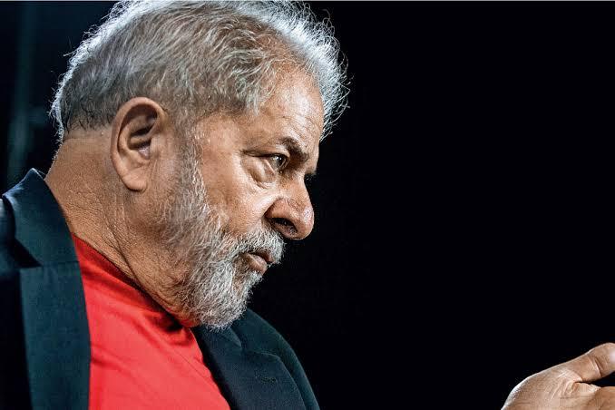 STJ decide reduzir pena e Lula pode ir para prisão domiciliar em setembro
