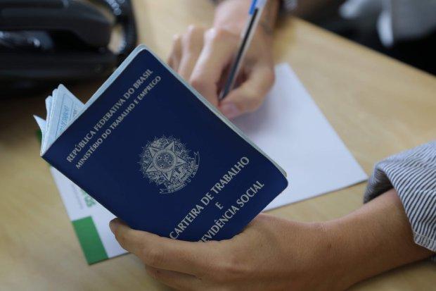 Sine oferece 2 mil vagas de emprego em Santa Catarina