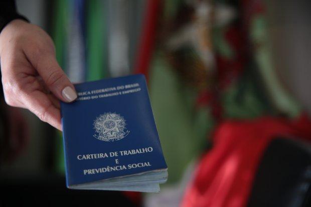 Agências do Sine de Santa Catarina contam com quase 1,7 mil vagas de emprego abertas
