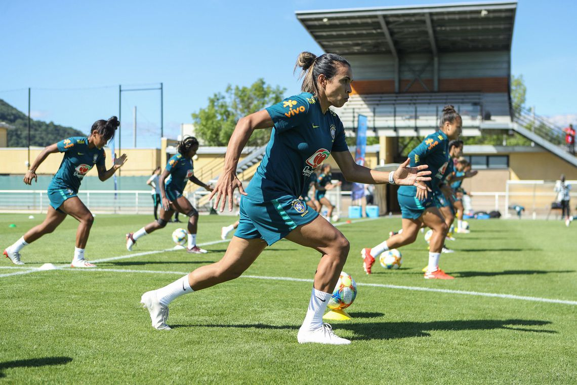 Copa do Mundo Feminina: Brasil vai a campo neste domingo sem Marta
