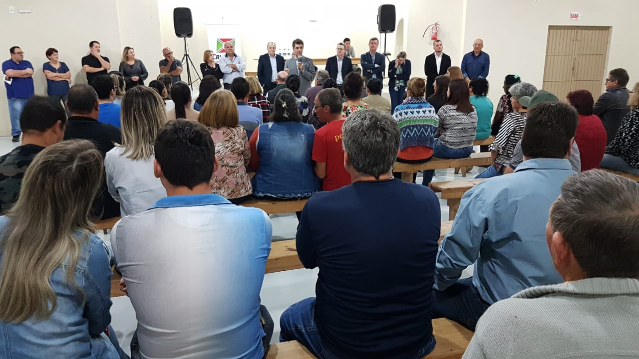 Salvaro anuncia investimentos e entrega obras no bairro São Roque