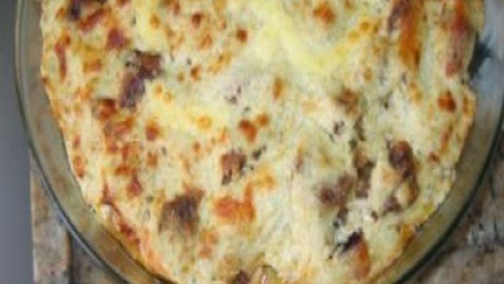 Manta de carne aos quatro queijos é a receita do dia