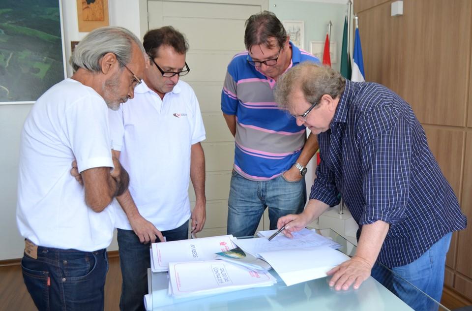 Governo de Siderópolis vai entregar 109 matrículas de imóveis