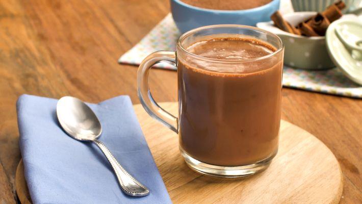 Chocolate quente cremoso é a receita do dia