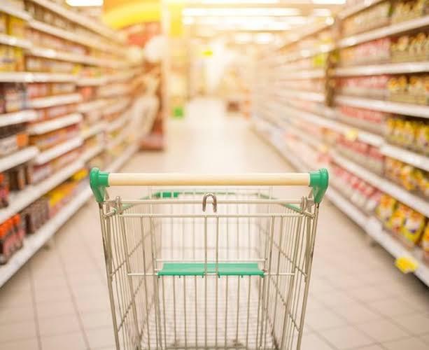 Catarinense pagará mais caro por alimentos a partir desta segunda-feira