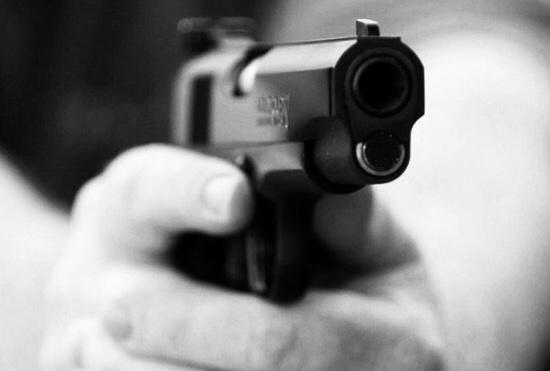 Três pessoas são assaltadas durante velório
