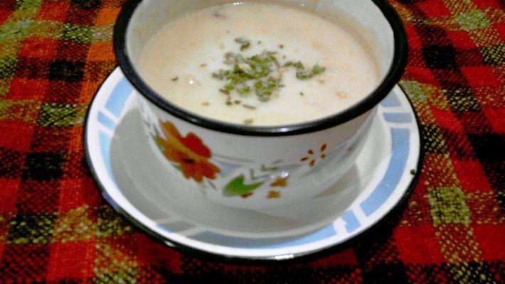 Sopa de cebola é a receita do dia