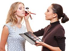 Curso Online Profissional de Maquiagem