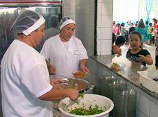 Curso Online Capacitação para Cozinheira - Merendeira Escolar - Como Conservar, Preparar e Distribuir os Alimentos