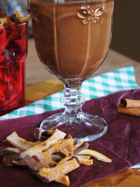 Receita de Chocolate Quente com Gemada