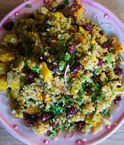 Salada de Quinoa, Moranga Assada e Cranberry