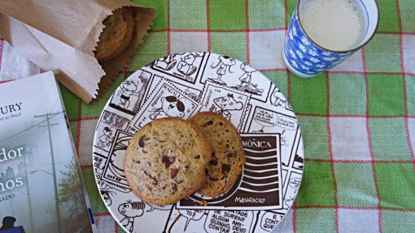 Cookies de Baunilha com Gotas de Chocolate ao Leite