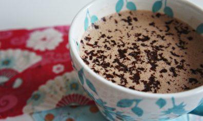 Receita de Chocolate Quente com Chocolate Meio Amargo