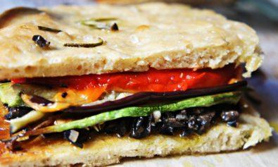 Receita de sanduiche de focaccia Vegan