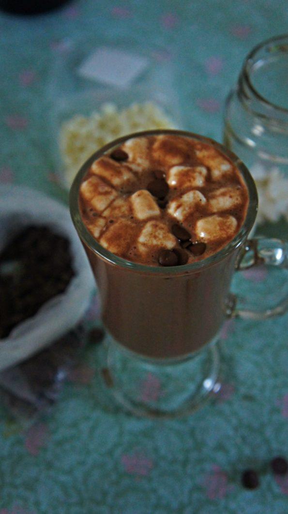 Receita de Chocolate Quente com Leite Condensado