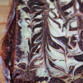 Receita de Bolo Mármore de Chocolate e Cheesecake