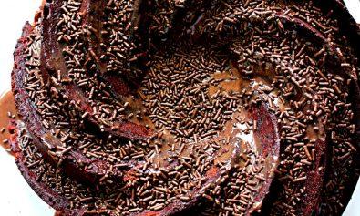 Receita de Bolo de chocolate e Brigadeiro