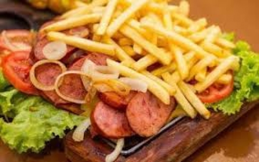 Linguiça C/fritas