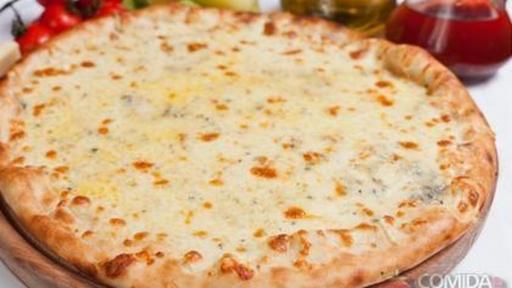 Pizza Grande Quatro-Queijos