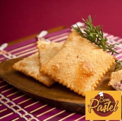 Pastel de Calabresa C/queijo (Unid)