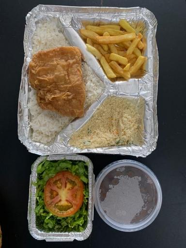 Peixe Frito - Arroz, Feijão, Farofa, Salada e Fritas