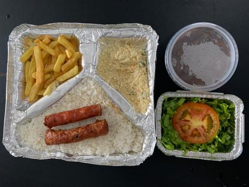 Linguiça Pura Fina - Arroz,feijão, Farofa, Fritas e Salada