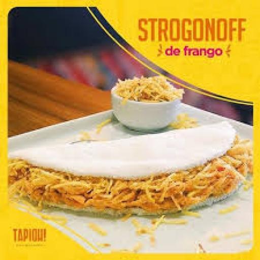 Tapioca Strogonoff de Frango, Batata Palha e Mussarela